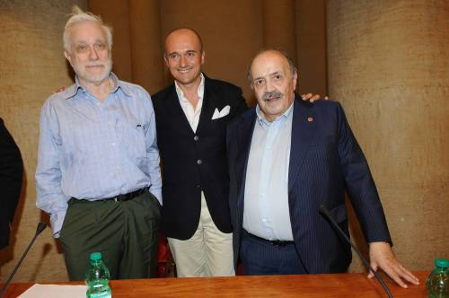 Addio a  Luciano De Crescenzo, a 91 anni si spegne il celebre rappresentante della cultura italiana 7