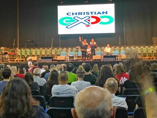 A Napoli la grande fiera cristiana 2