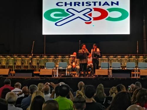 A Napoli la grande fiera cristiana 4