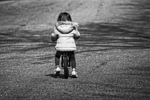 Bergamo, bimbo di sei anni investito dalla vicina di casa