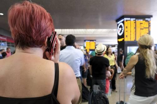Attese e disagi alla stazione di Roma Termini a causa dell'incendio di Firenze 3