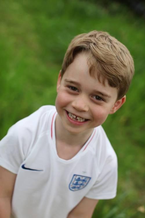 Il principe George compie 6 anni. Le foto di mamma Kate 2