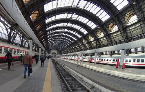 Milano, pizzo davanti la stazione Centrale: arrestato bengalese