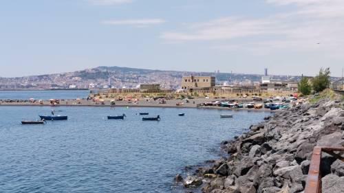 Napoli, il mare negato di San Giovanni a Teduccio 9