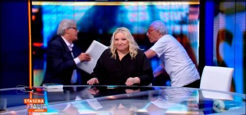 """Maglie: """"Rissa Sgarbi-Mughini? Ecco perché ha ragione Vittorio"""""""
