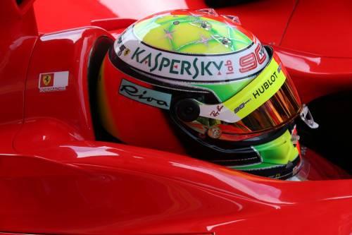 Mick Schumacher sulla Ferrari del papà: le foto più belle 5