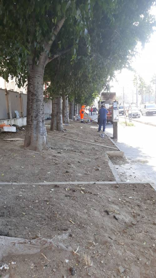 Napoli, sgomberati i senzatetto accampati davanti all'ospedale Loreto Mare 3