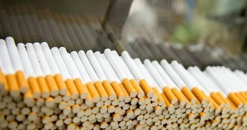 Nascondeva 188 chili di sigarette di contrabbando: arrestato 32enne
