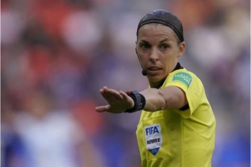 C'è Signora & Signora. In Champions con la Juve la prima donna arbitro