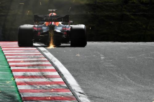 Formula Uno, pole di Verstappen davanti a Bottas ad Hamilton