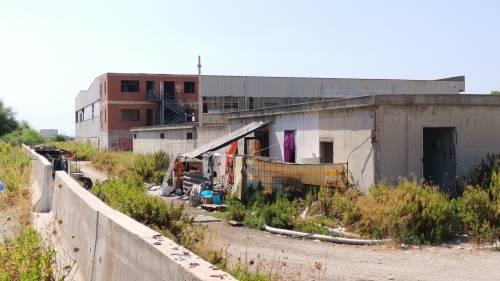 Sciacalli e senzatetto, così Napoli abbandona i suoi beni 3
