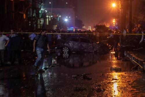L'attentato contro l'istituto nazionale per il cancro a Il Cairo 8