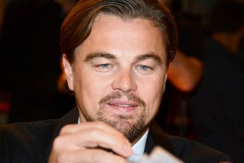 Cappuccio e scorta: Leonardo Di Caprio visita in incognito gli scavi di Ercolano