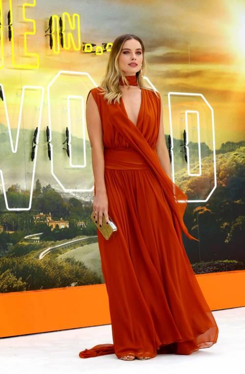 Margot Robbie sul red carpet per Tarantino: foto 10