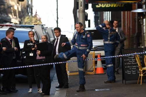Attacco con coltello a Sydney: morta una donna 2