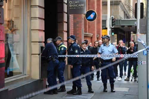 Attacco con coltello a Sydney: morta una donna 6