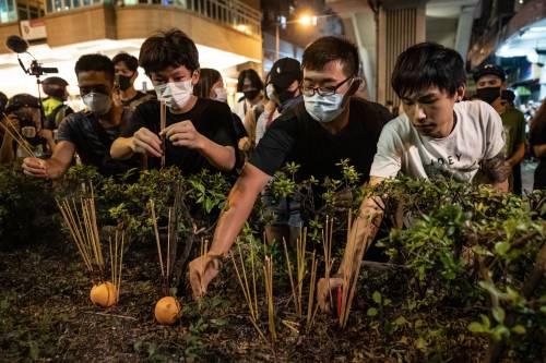 Hong Kong, nuovi scontri in piazza: sale la tensione 6
