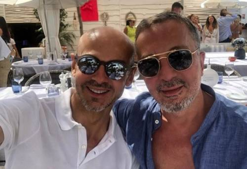 Enzo Miccio mostra sui social il compagno, ma un dettaglio non sfugge ai fan