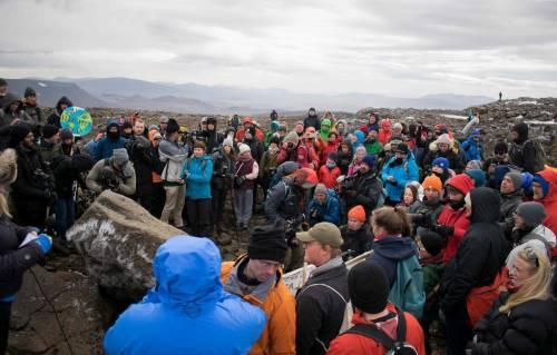 I funerali al primo ghiacciaio scomparso in Islanda 3
