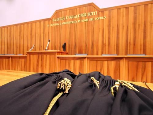 Trieste, gambiano si dichiara gay ed evita espulsione, sentenza choc