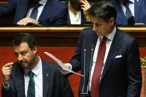 Crisi di governo, la gestualità di Matteo Salvini 6