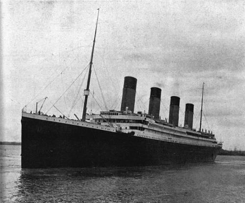 Titanic, è sfida tra Londra e Usa per recuperare la radio di bordo