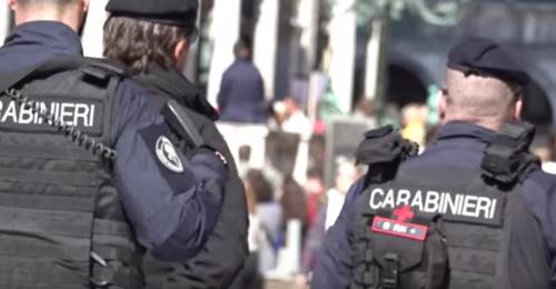 Venezia, guineano attacca carabinieri e militari