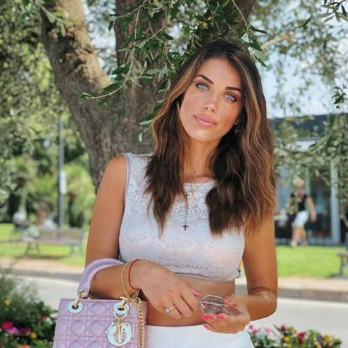 Eleonora Boi si prende la scena su Instagram 9