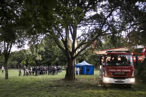 Uomo trovato morto impiccato a Milano 4
