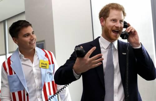 """Harry si trasforma in """"Gordon Gekko"""" per commemorare l'11 Settembre 2"""