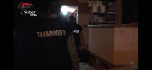 Minacce, violenze e 72mila euro per il clan: arrestati in 7