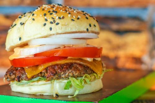 Davvero la carne vegetale fa sempre bene alla salute?