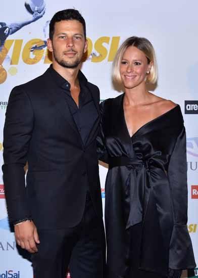 Federica Pellegrini e Matteo Giunta immortalati a un evento: è amore?
