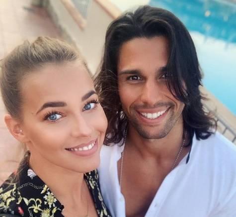 Luca Onestini e Ivana Mrazova smentiscono la crisi e si fanno una grassa risata