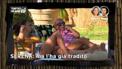 """Anna Pettinelli: """"Serena Enardu? Ha buttato la sua storia d'amore in modo letale"""""""