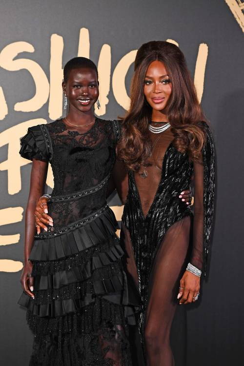 Naomi Campbell alla London Fashion Week: foto 7