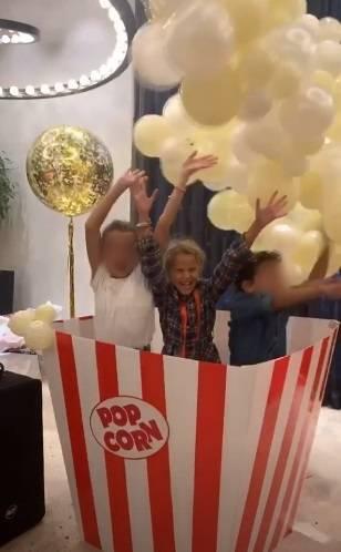 Alessia Marcuzzi, che film la festa per gli 8 anni di Mia 5