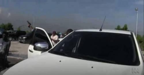 Haiti, un senatore spara sulla folla per disperdere manifestanti