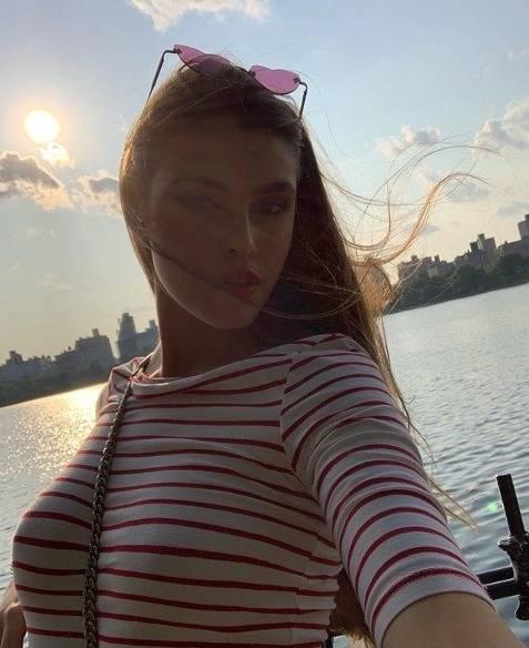 Giorgia Caldarulo, la nuova fiamma di Taylor Mega  7