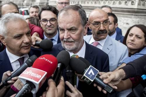 """Calderoli solidale con Cirinnà: """"A me augurano ogni giorno di avere il cancro"""""""