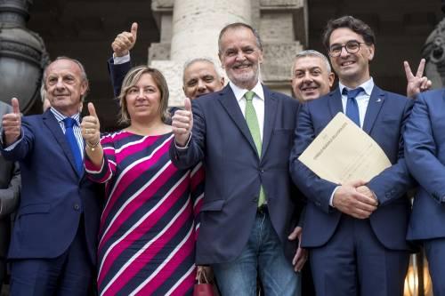 Legge elettorale, Calderoli consegna il quesito referendario in Cassazione 2