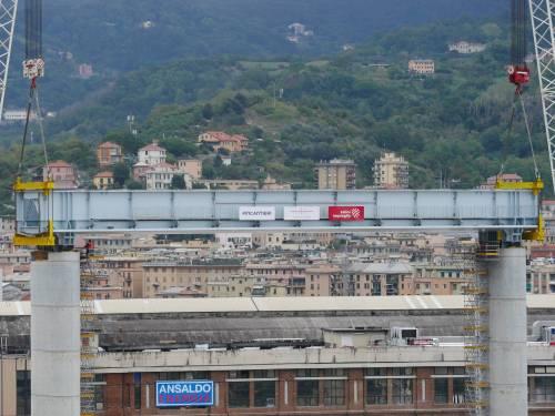 """Il """"varo ad alta quota"""" del primo pezzo del Ponte di Genova 2"""