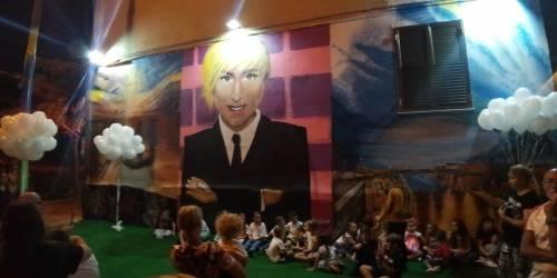 Taranto, inaugurato il murales dedicato a Nadia Toffa