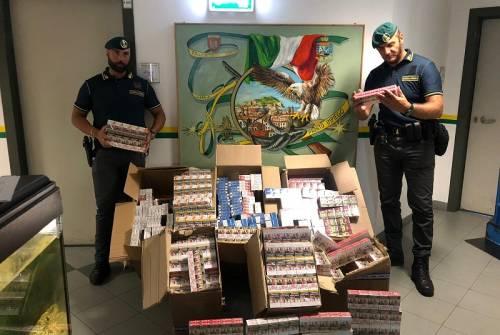 Strano via vai di pacchi: scoperta centrale di contrabbando di tabacchi