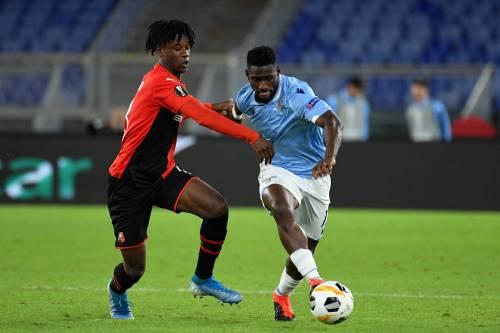 Europa League, la Lazio rimonta il Rennes e vince 2-1. La Roma pareggia 1-1