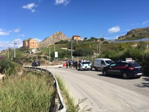 Ciclista senza vita sul ciglio della strada: è mistero ad Agrigento