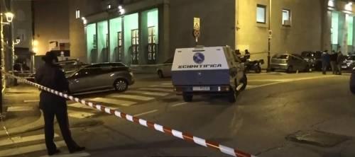 """Trieste, la furia del killer: """"Ha sparato su altri 8 agenti"""". Scricchiola l'alibi della """"follia"""""""