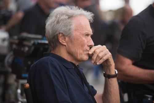 """Hollywood in fiamme ma Clint Eastwood non si muove: """"Devo finire di lavorare"""""""