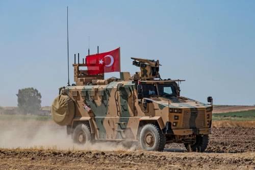 Siria, Damasco denuncia primi colpi di artiglieria turca al confine