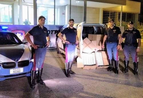 Sul furgone con 100 chili di sigarette di contrabbando: arrestato